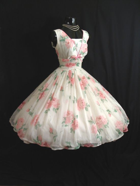 Vintage 1950s Bombshell PINK White Floral