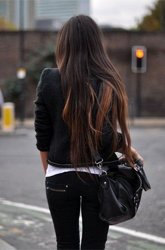Want my hair this long!!!!!
