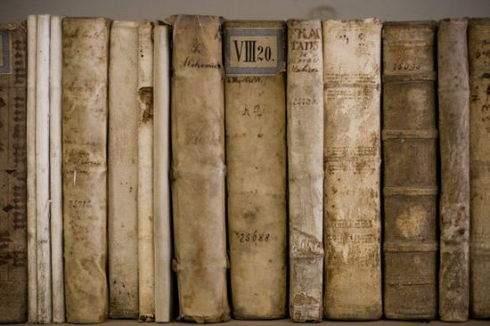 pale books