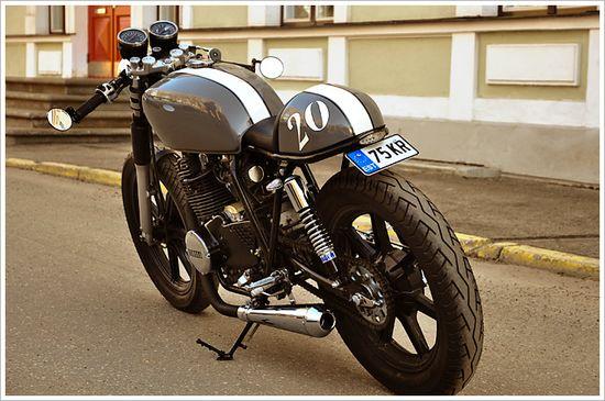 Yamaha XS400 - VolureCycles - Pipeburn - Purveyors of Classic Motorcycles, Cafe Racers & Custom motorbikes