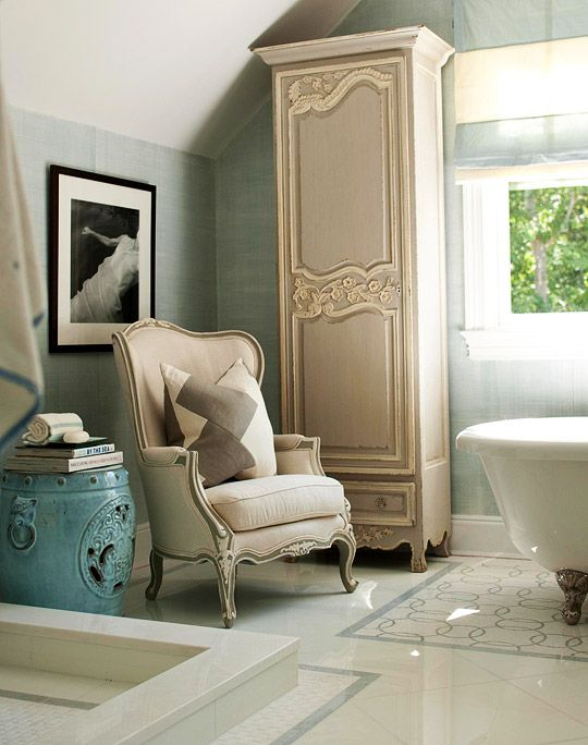 2010 Hampton Designer Showhouse master bathroom designed by Susanne Kelley for Bakes and Company.