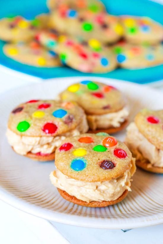 M Cookies with Peanut Butter