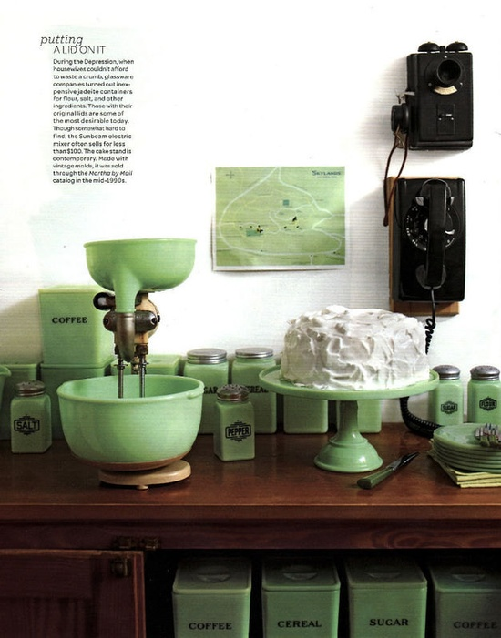 jadite love- would love to have all of these items in my kitchen