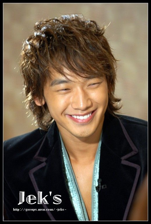 Jung Ji-Hoon aka Rain (?)