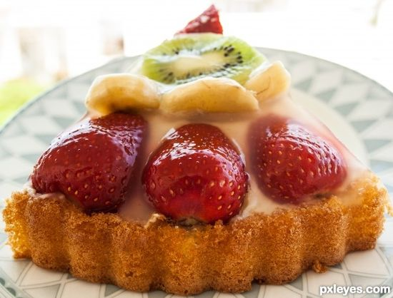 tart with fresh fruit