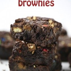 Loaded candy bar brownies on I Heart Nap Time