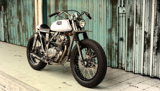 """Sijago"" Kawasaki KZ200 by Besi Moto Project, Jakarta"