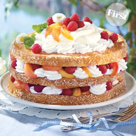 Peachy-Keen Layer Cake #cakes #baking #desserts #peaches #raspberries
