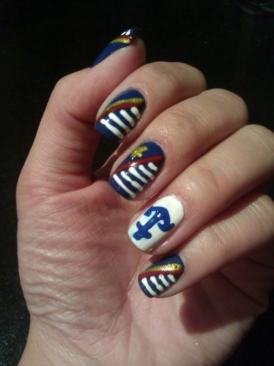 Love this nautical nail art on mani guru Jen Yu! #nails