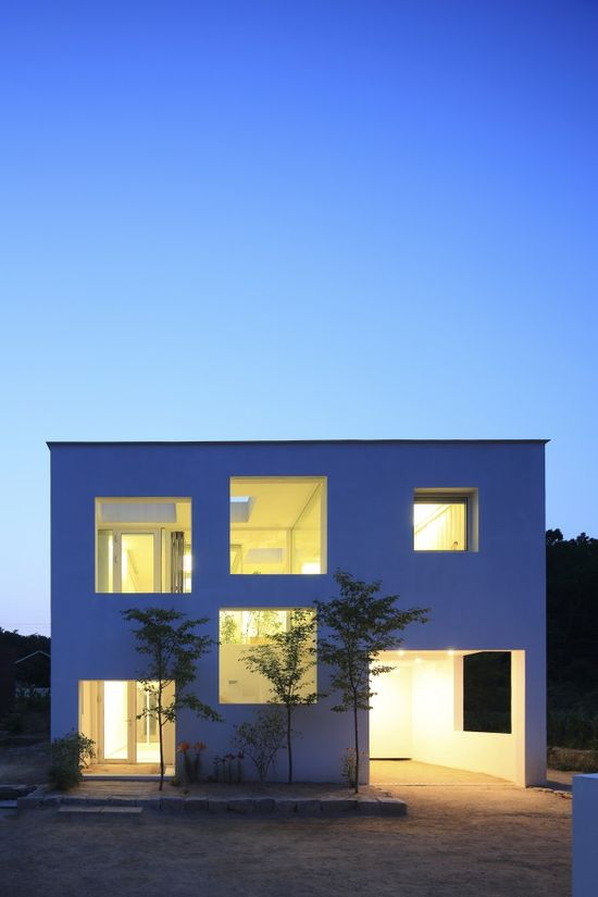 9X9 Experimental House / studio Archiholic