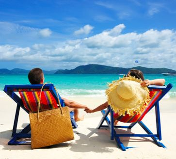 7 Tips for Picking the Perfect Honeymoon Destination #travel #tips