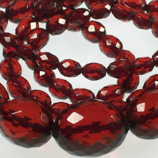 1920s Art Deco Cherry Amber Bakelite Necklace