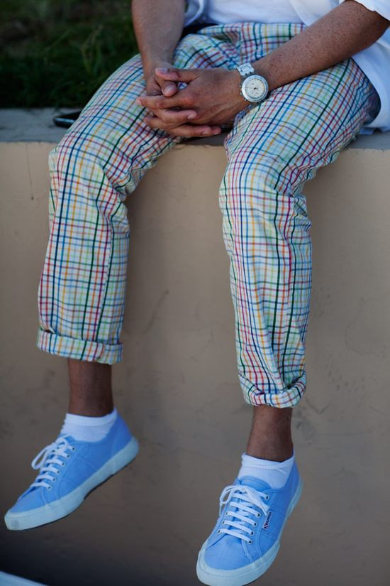 While I personally don't think I could pull the pants off, I still love the combo with the sneakers.