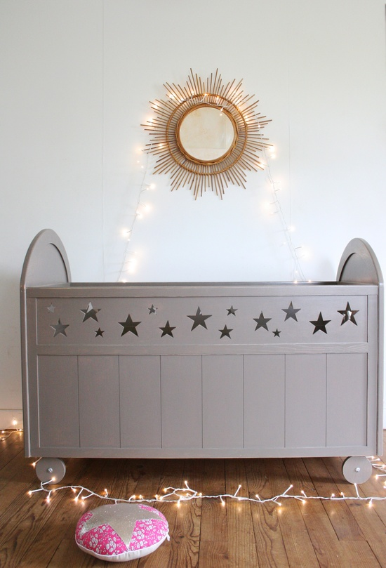 Creme anglaise's hand made Stars Bed!