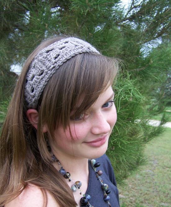 Very pretty handmade headband