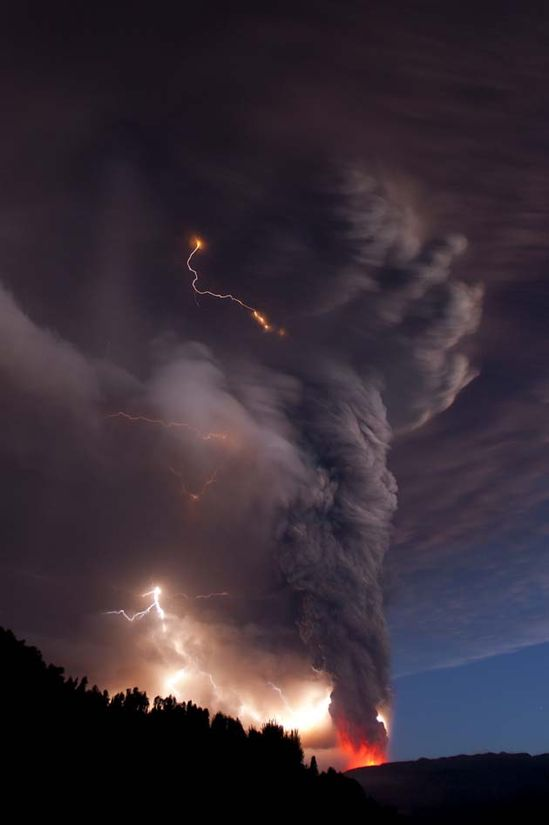 Lightning caused by a volcanic eruption.