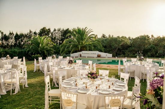 Poolside wedding reception in Spain