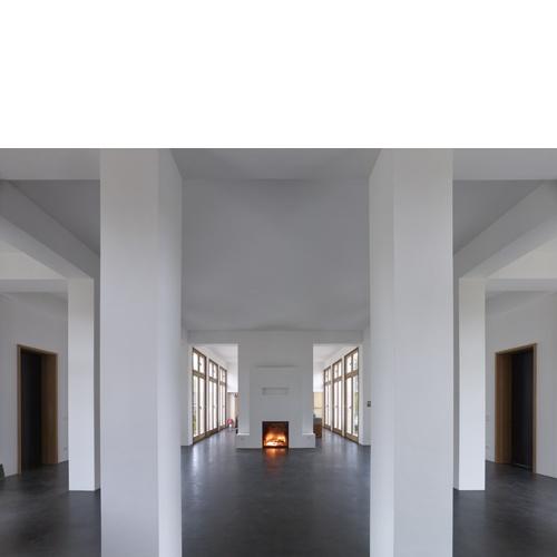 Contemporary classical interior. Haus-im-Erlengrund by German architect Uwe Schröder.