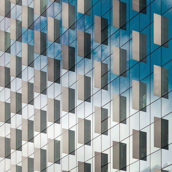 Galan & Lubascher. Nozar building #6 by Ximo Michavila
