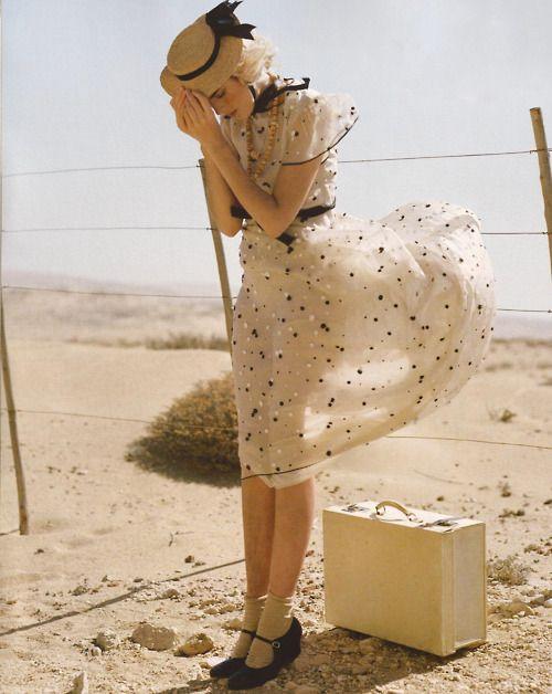 really really really pretty polka dots!  :)  i wish i owned this dress.