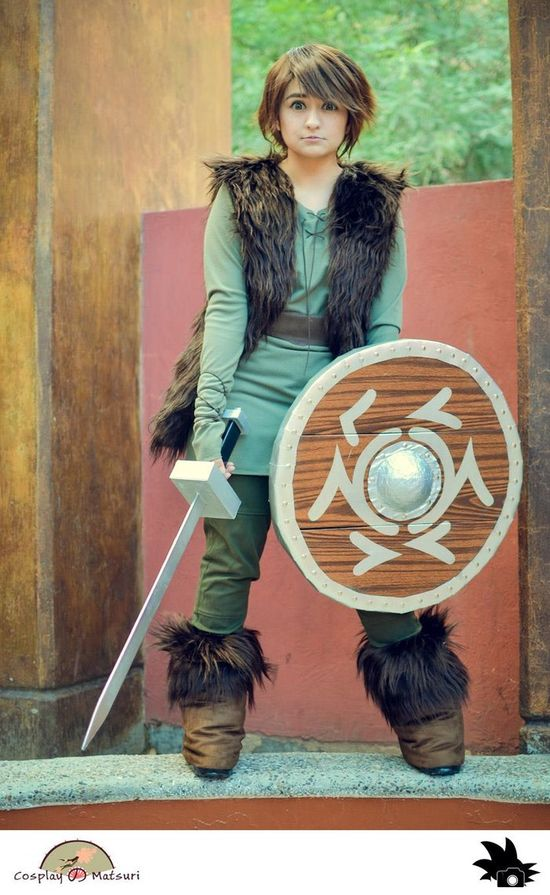"""Hiccup """"How To Train Your Dragon"""" Cosplay"""