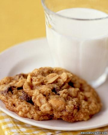 Peanut Butter-Chocolate Chip Oatmeal Cookies-- So Good