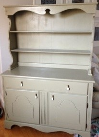 Painted Hutch $300 - Southborough http://furnishly.com/catalog/product/view/id/2645/s/painted-hutch/ - I need this in red