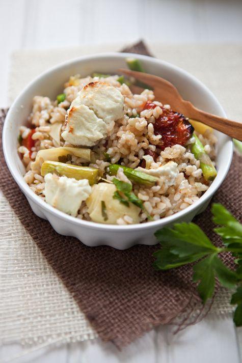 Mediterranean-style-brown-rice-bake
