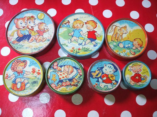 Child's stacking tins from the 1950s