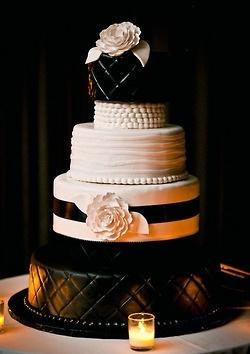 WEDDING CAKE AWESOMENESS by SUZIE Q