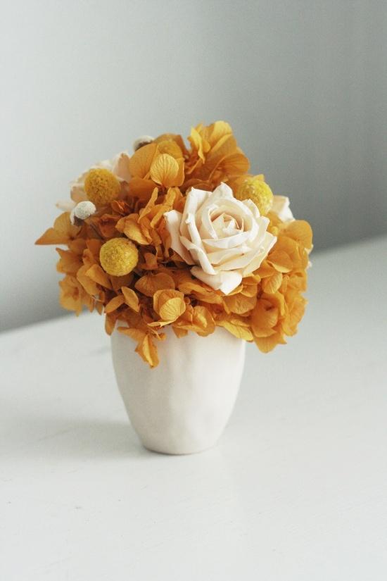 Honey -dried flower arrangement. $45.00, via Etsy.