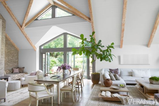 Simple & chic LA home designed by @Windsor Hanger Hanger Smith.