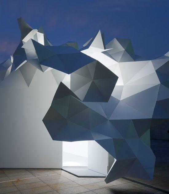 "Akihisa Hirata's ""Bloomberg Pavilion"" at the Tokyo Museum of Contemporary Art. #akihisa_hirata #bloomberg #pavilions #art #sculpture #installations #light #isosceles #triangles #architecture #design #tokyo #japan #museums #contemporary #art"