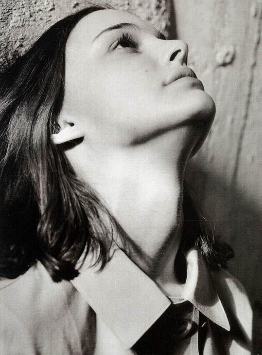 bohemea:    Natalie Portman - Vogue Italia by Bruce Weber, February 1998