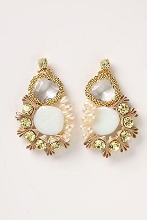 Ribbon and jewels earrings: Gold earrings