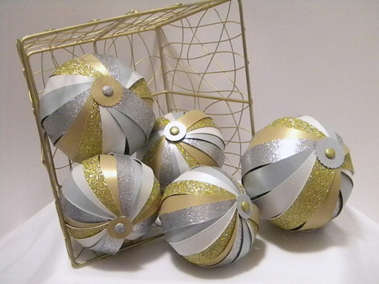 Decorative Balls Bowl Fillers Glittery Gold.