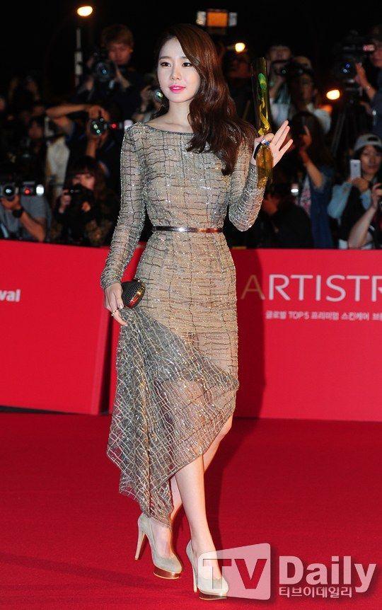 [Photos] 18th Busan International Film Festival Red Carpet Actresses @ HanCinema :: The Korean Movie and Drama #Korean Films Photos