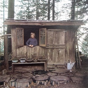 From a wonderful book  Woodstock Handmade Houses from the '70s