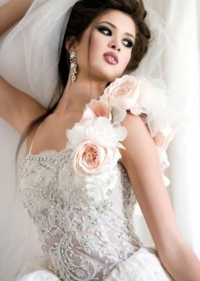 ஓLOVEஓ #wedding www.BlueRainbowDesign.com