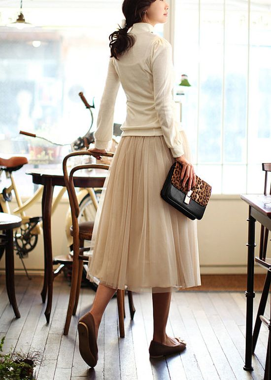 tulle skirt  This.  Is.  Cute.