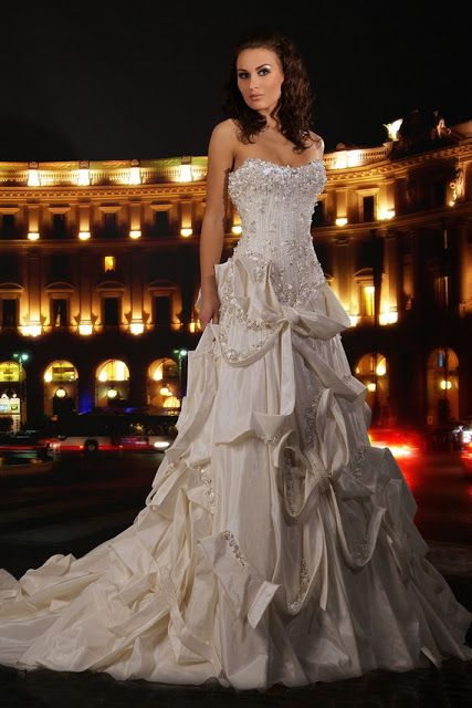 ABED MAHFOUZ WEDDING DRESSES COLLECTION    www.offcampusapar...