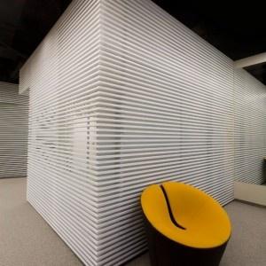 Cool Office Design: Yandex Yekaterinburg Office: Yandex Yekaterinburg Office Photo 4: Sharp Shapes Architectural Style