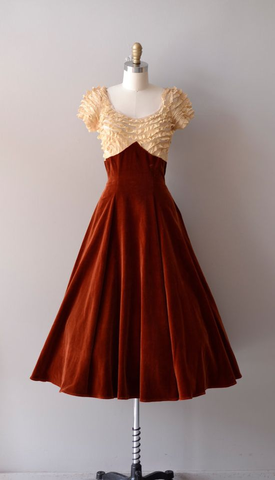1940s Velvet & Lace Party Dress