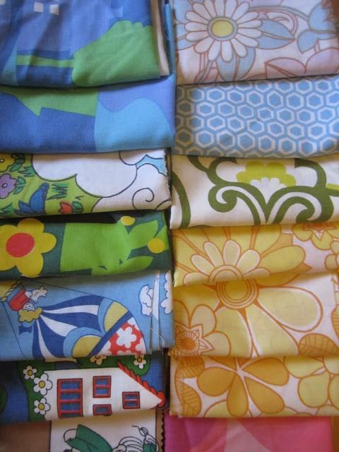lovely 70s fabric - my rainbow vintage home blog
