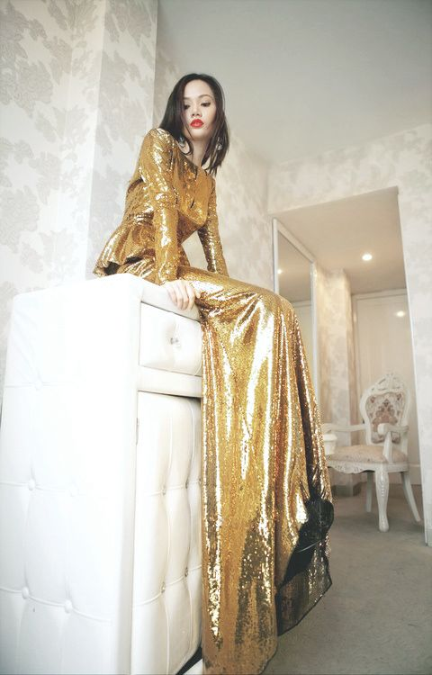 Gold shimmery gown - womenswear couture dress. pinterest.com/...