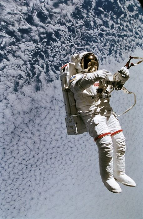 Astronaut & Space