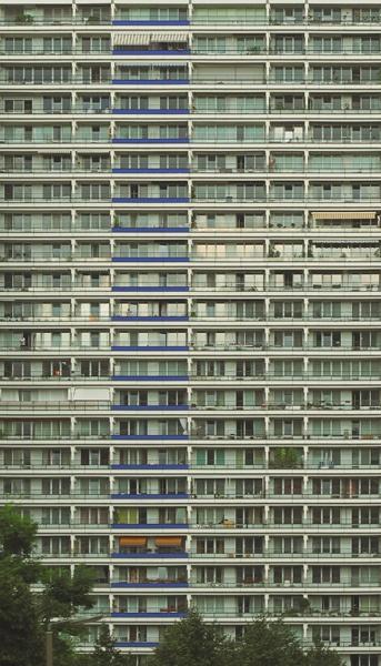 building (by Mario Izquierdo)
