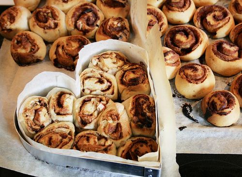 Oh cinnamon buns, how I adore thee. #cinnamon #buns #rolls #dessert #food #baking #breakfast #brunch