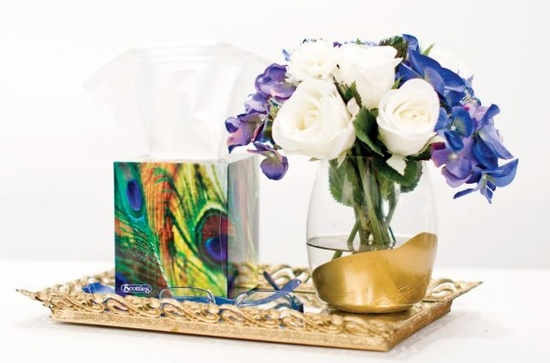 Gold Dipped Vase - 15 Spring DIY Decorating Ideas