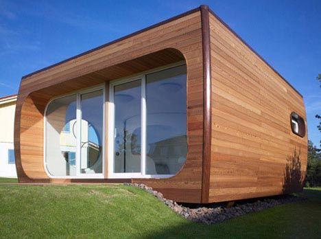 Pod futurstic curved house